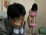 Laundry Salesman Fucks Home Alone Housewife Natsumi Kitahara