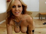 Stunning Hot MILF Sucking Cock On Close Up Tape